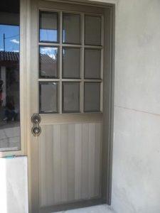 Puerta en aluminio 9